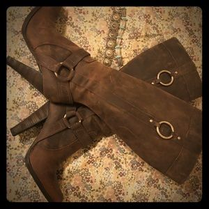 Guess leather boots by Marciano